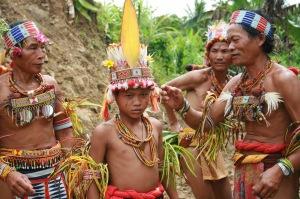 1907111202_simatalu--kampung-nenek-moyang-orang.