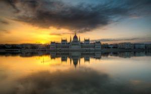 Budapest-At-Sunrise-Hd-Wallpaper-