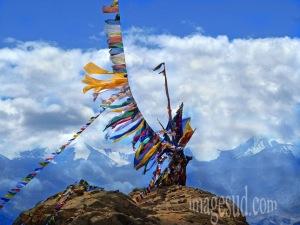 landscape-mountains-himalaya-buddhism-prayer-flags-P2-8109